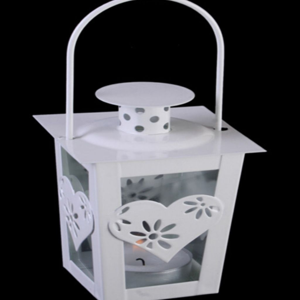 White Mini Metal Heart Design Lantern